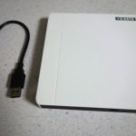 Appleの純正品より70%も安いポータブルDVDドライブを買ってみた