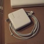 MacBook AirのACアダプタ2個持ちのススメ
