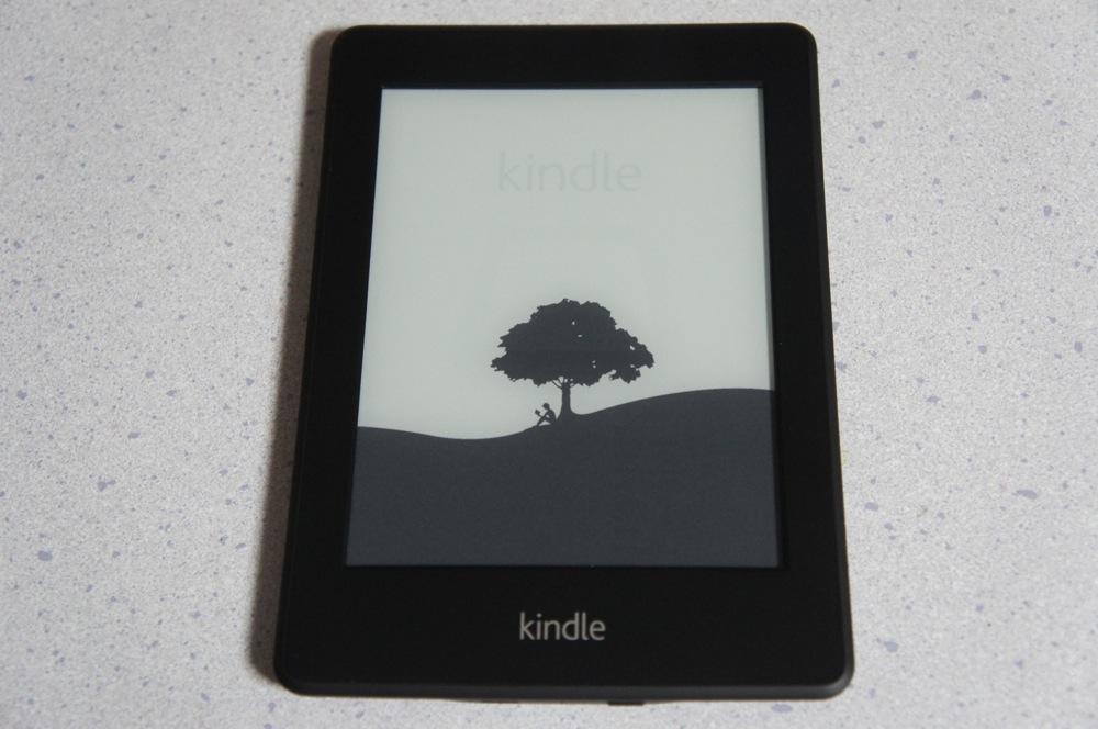 Kindle Paperwhiteレビュー。まずは開封の儀から!