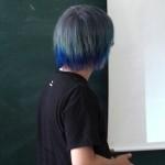 マニパニで染めた青い派手髪を毎日写真に撮って色落ちを調べてみた