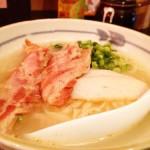 アッサリした味! 東京・中野にある「たいよう食堂」で「骨付き角煮 ソーキそば」を食す!