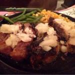 お肉をガッツリ! 東京・秋葉原にある「トゥッカーノ グリル&バー」で「ランプステーキ&ローストポーク」を食す!