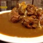 秋葉原のマンモスカレーで「マンモス1kg唐揚げカレー」を食す!